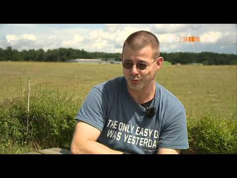 Zwischen Himmel Und Erde - Fallschirmspringen Auf Dem Flugplatz Fehrbellin (Dossier 24) - Teil 1