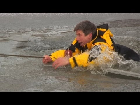 видео: Костюм-поплавок