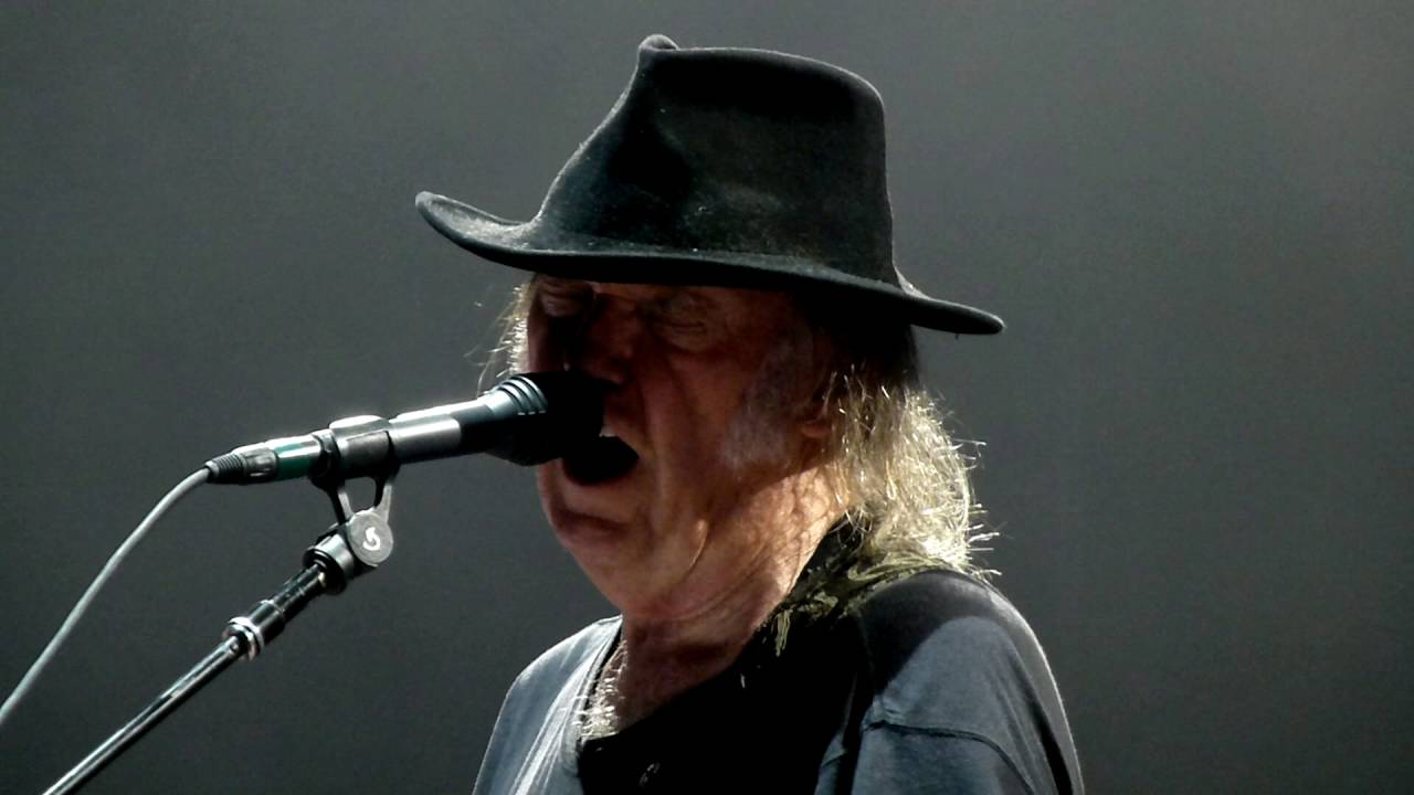 neil-young-rockin-in-the-free-world-accor-hotel-arena-paris-2016-agadsa