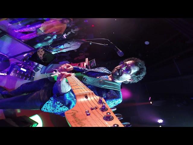 guitar-headstock-cam
