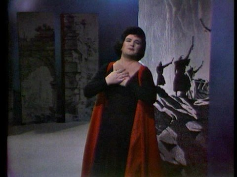 Birgit Nilsson sings Brunnhilde's Immolation Scene (end)