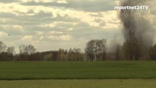 Sprengung einer Weltkriegsbombe in Potsdam-Uetz nahe A 10