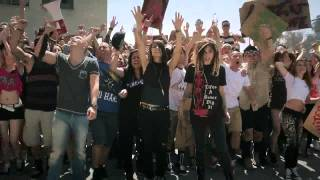Headhunterz feat. Krewella - United Kids of the World (Official Video)(Buy the single here: http://hhz.dj/UKOTW-iT Hear on Spotify here: http://hhz.dj/UKOTW-SFY Headhunterz feat. Krewella - United Kids of the World (Official Video) ..., 2013-11-26T07:11:21.000Z)
