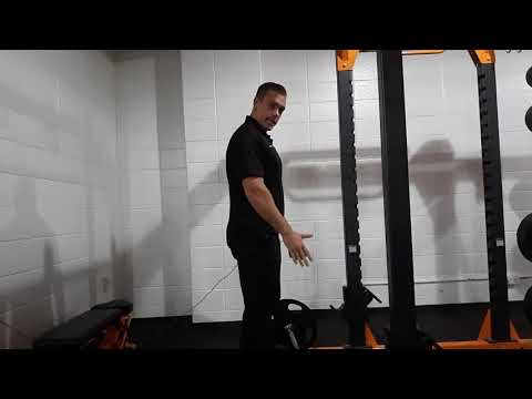 Tutorial : How To Do a Proper Dead Lift(Giant Fitness) thumbnail