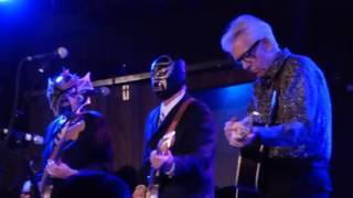 Watch Nick Lowe Somebody Cares For Me video