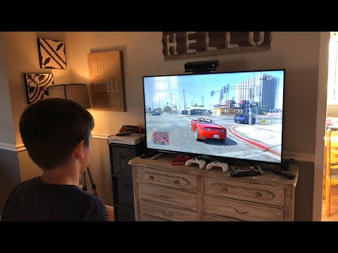 Leland Playing GTA V For The First Time