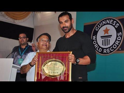 Guinness World Record Awarded To Bisleri For Plastic Bottle Recycling | Swachh Bharat | John Abraham