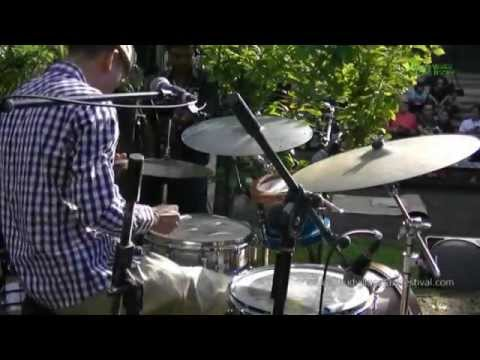 "BALI JAZZ ETHNIC Gustu Brahmanta Trio ""Jenggot Uban"" Ubud Village Jazz Festival 2014"
