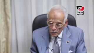 «عبد العاطي»: مستعد لبيع جهاز علاج «فيروس سي» مقابل تسديد ديون مصر
