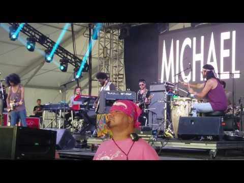 Michael Kiwanuka Bonnaroo 2017 intro and Cold Little Heart