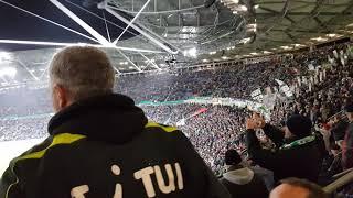 Hannover 96 vs. VfL Wolfsburg DFB Pokal, 96 alte liebe im Stadion