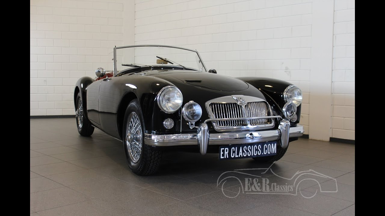 MG MGA 1622 MKII 1962 Black with red leather restored very good ...