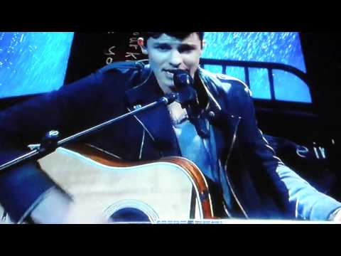 Shawn Mendes Performing stitches at the 2016 billboard music awards