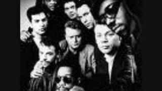 UB40 - Rat in mi Kitchen (Original)
