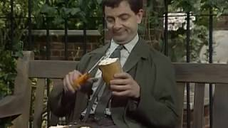 Mr Bean - Sandwich Making -- Mr Bean - Stulle Schmieren