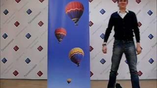rool up_Русьинновация.wmv(В ролике показан процесс установки стенда Ролл ап. Мобильные стенды роллерного типа Roll Up (Ролл ап) в настоящ..., 2011-12-24T07:09:24.000Z)