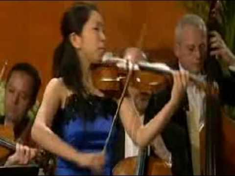 Mayu Kishima | Mozart Violin Concerto # 3 in G | 1st Mvt | Queen Elisabeth Violin Comp | 2009