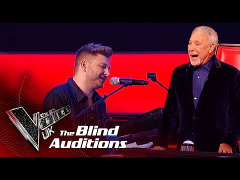 Sir Tom Jones & Peter Donegan's 'I'll Never Fall In Love Again' |Blind Auditions| The Voice UK 2019