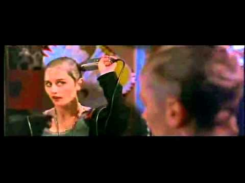 Robin Tunney Shaves Head in Empire Records