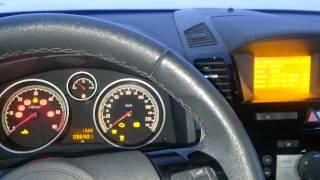 Opel Zafira B дизель заводиться и в 30 градусов.mp(Opel Zafira B 1.7 DTI дизель заводиться в зо градесов мороза без подогревов., 2013-10-25T20:14:35.000Z)