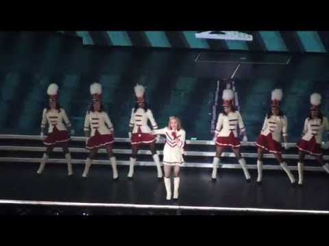 Madonna - Express Yourself / Born That Way / Give Me All Your Luvin'