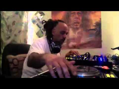 DJ LARRY LOVE LIVE 3-5-15 ON www.crioloradio.com