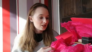 LATEST IN BEAUTY UNBOXING OCTOBER 2018