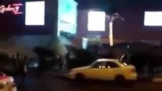 فيديو.. تدافع المواطنين للهروب من مول العرب بعد الاشتباه في وجود قنبلة