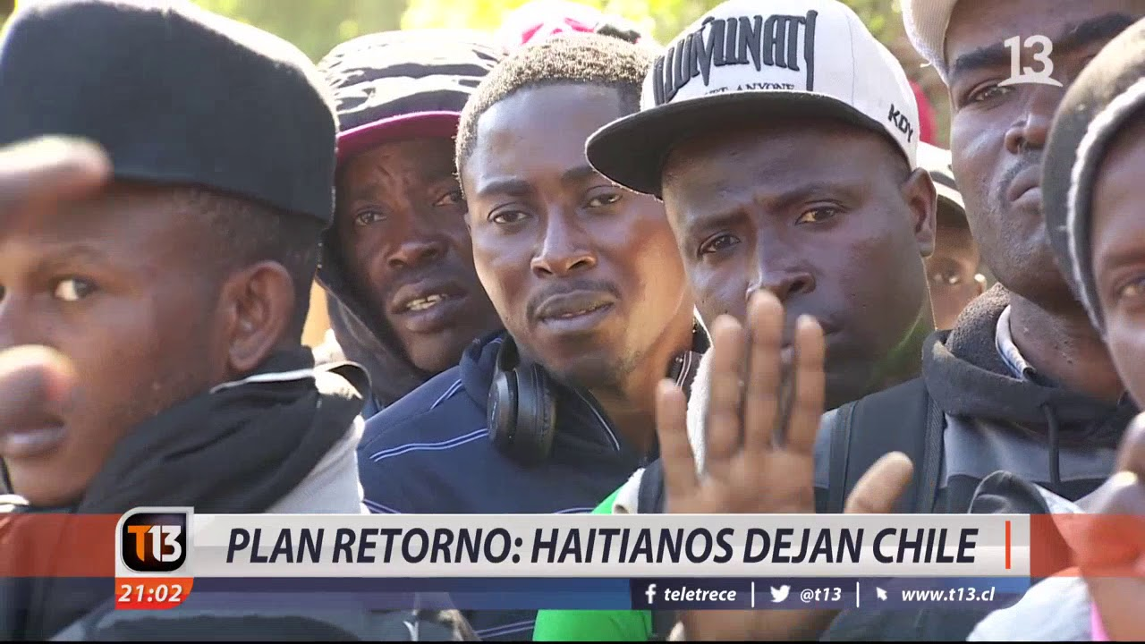 Plan retorno: Haitianos dejan Chile - YouTube