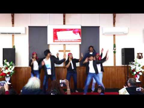 Naachoonga + Vaalaakkaamal dance by OCBC kids and youth