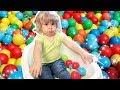 Noa Kendi Top Havuzunu Kendi Yaptı    Bizim Aile Eğlenceli Çocuk Videoları