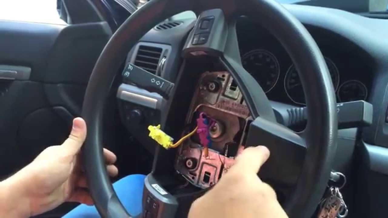 как снять руль с опель омега