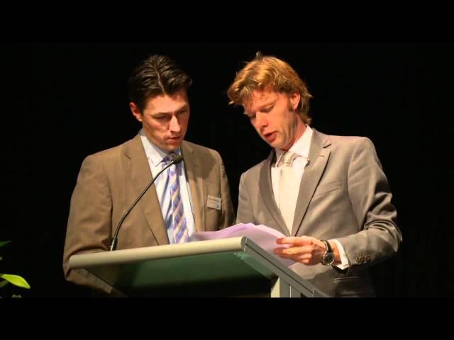 Jelle Kuiper   | Fakespeech | Dagvoorzitter | Presentator | Cabaret op maat