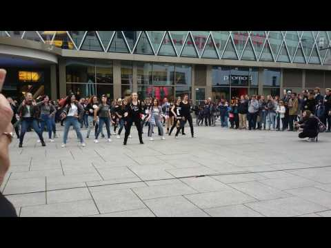 Kpop dance game Frankfurt