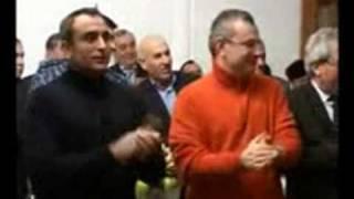 Рамзан Кадыров танцует лезгинку 1(ловзар в честь окончания
