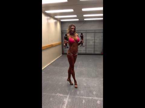 Tania Amthor Bikini Competitor