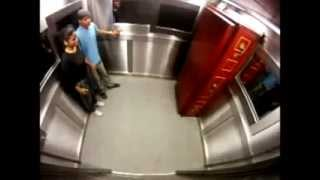 Бразильский розыгрыш лифт-гроб-мертвец:)))