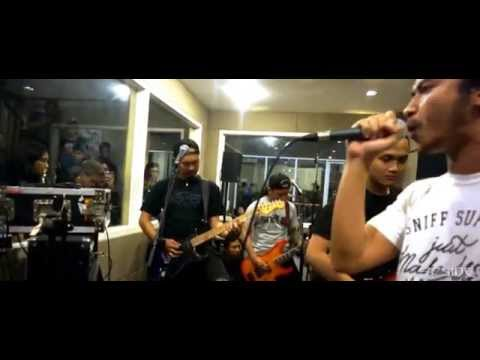 Beside - Ambisi Arogansi (Live at Extreme Moshpit Oz Radio Bandung)
