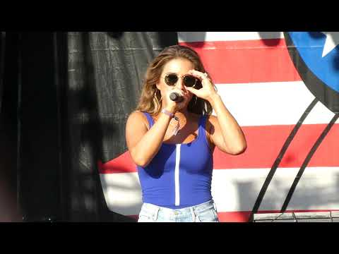OLD TOWN ROAD - JESSIE JAMES DECKER: Windy City Smokeout Chicago, IL July 12, 2019