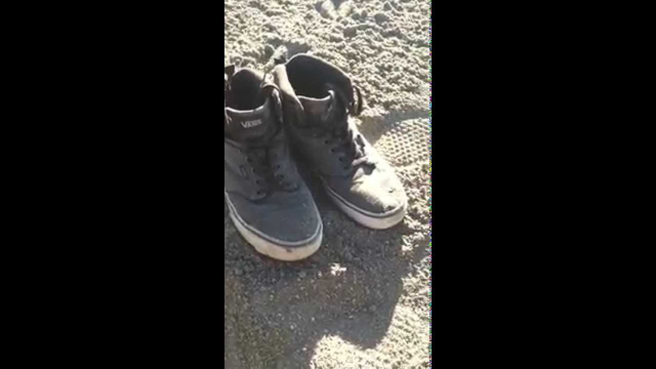 ce389db4b76 Free Men s Atwood High Top Sneaker Size 10 buried in Sand - YouTube
