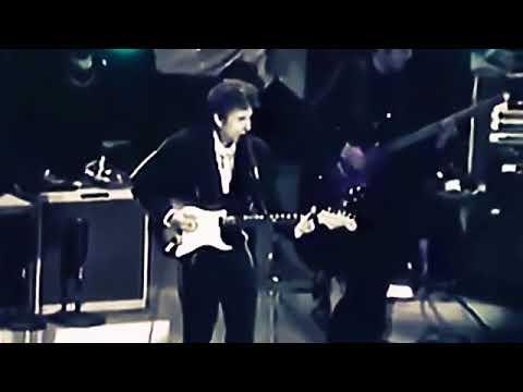 bob-dylan---everything-is-broken-live