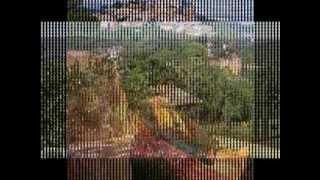 colorado provencal de rustrel et village de roussillon dans le luberon en provence