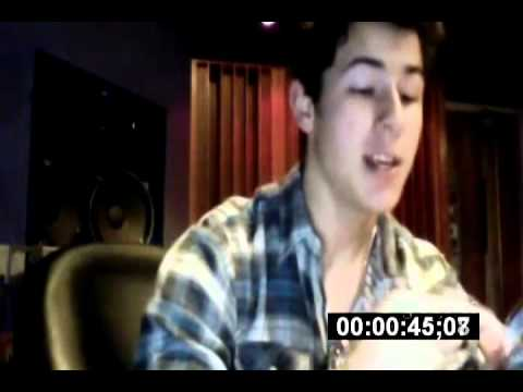 Nick Jonas Live Chat In 1.30 Minutes. /26.02.2011/
