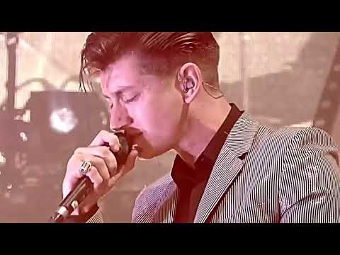 Alex Turner during that one part in 505 when he gets really into it woooow