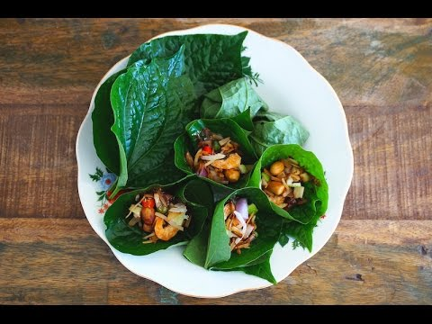 Meang Khum/Miang Kham (Leaf-Wrapped Tidbits/Bites)
