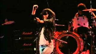 The Ramones - I Can't Make It on Time (live)