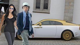 Mick Jagger Lifestyle 2020 ★ Girlfriend, House, Cars & Net Worth