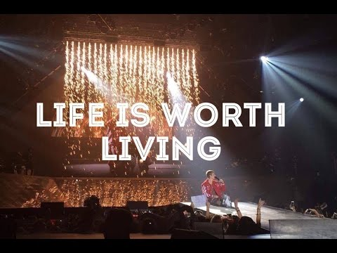Justin Bieber - Life Is Worth Living - Purpose Tour Zagreb - Live