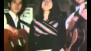 若い時、この曲でNHKのど自慢に出てチャンピオンになりました(^-^)v ト...