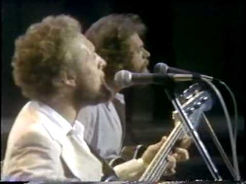 CUT THE CAKE / AVERAGE WHITE BAND